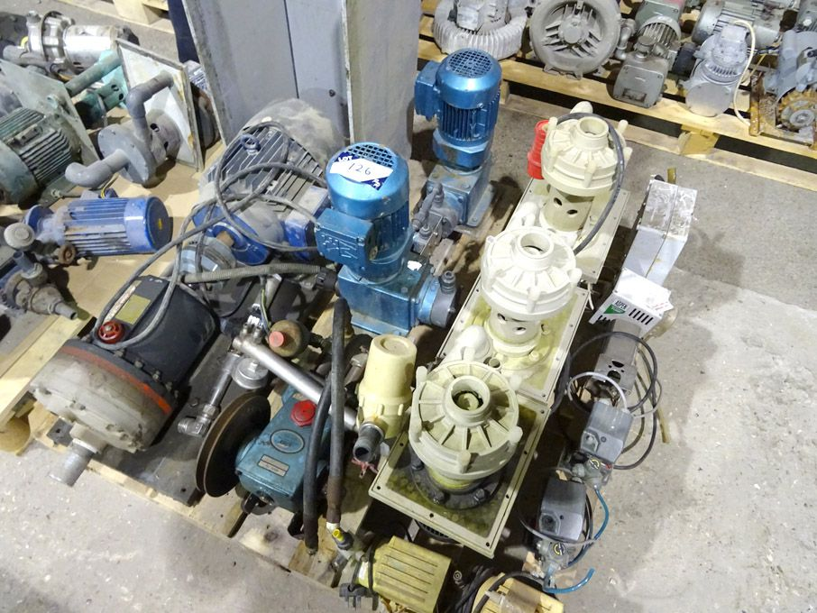 Qty various electrical equipment inc: Iwoki meteri...