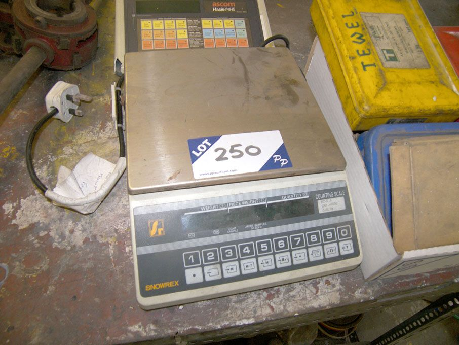 Snorex KC-0.6 digital counting scale, Ascom Hasler...